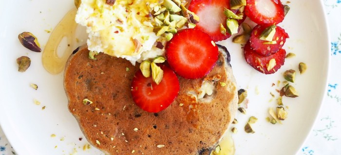 blueberry & ricotta buckwheat pancakes