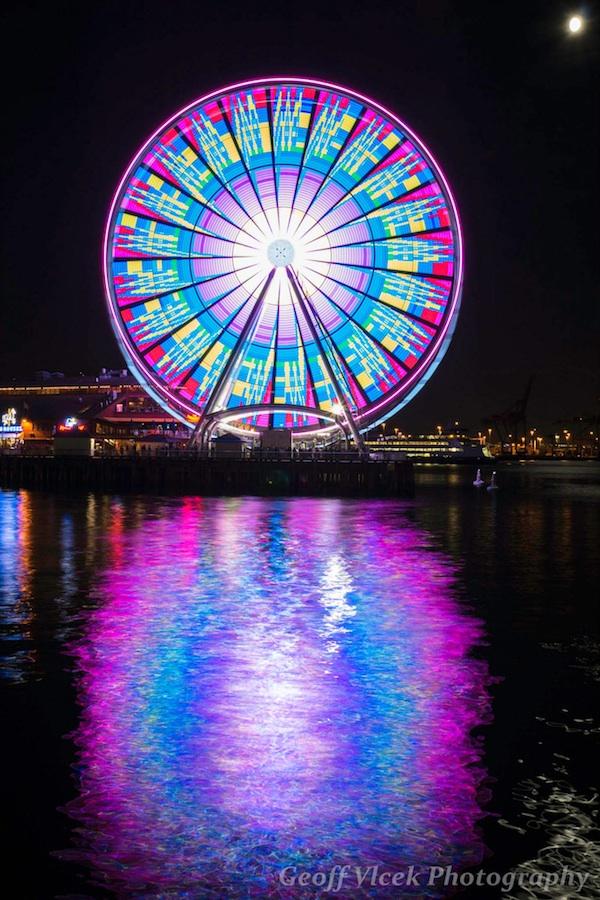 Team Sky Iphone Wallpaper Mesmerizing Long Exposures Of Seattle S Giant Ferris Wheel