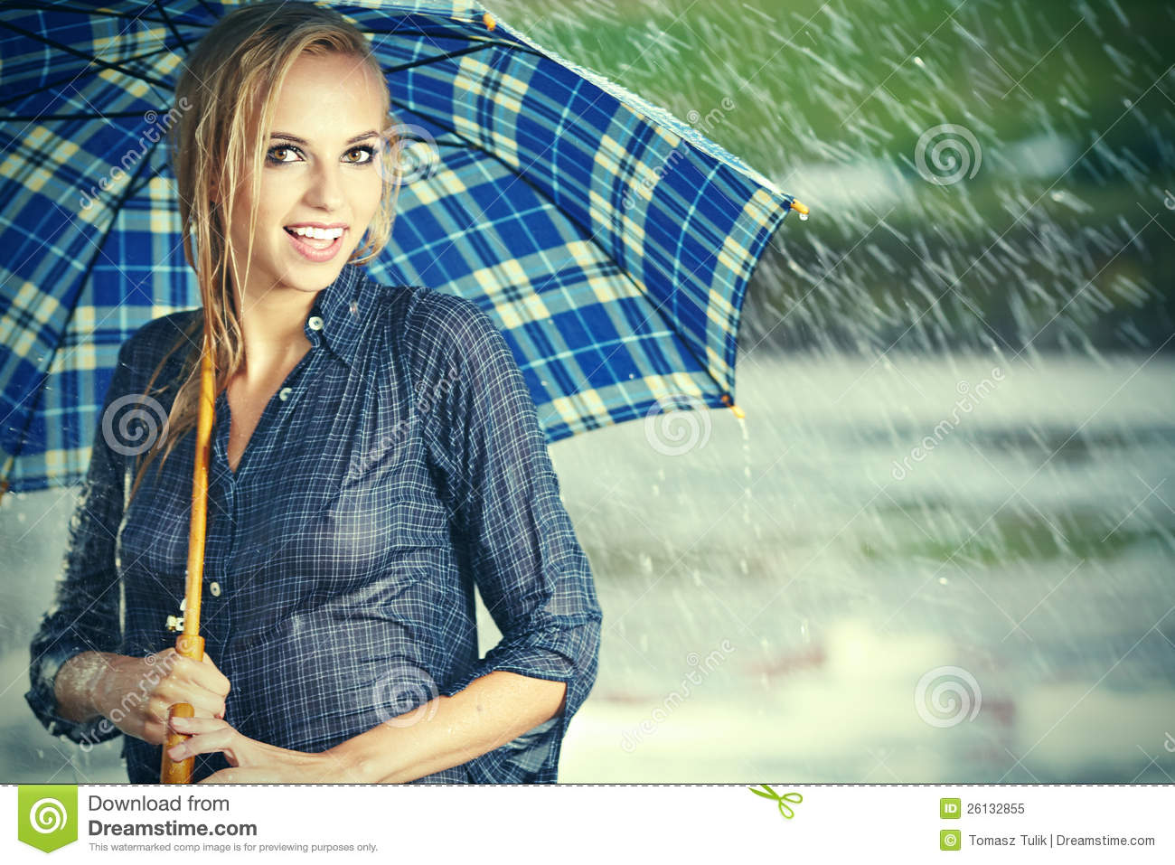 Lonely Girl Walking In Rain Wallpaper Rain And Girl It S Nice Time