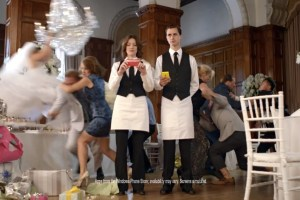 Video: Humorous Nokia Lumia 920 ad from Microsoft stars fighting smartphone users in wedding #iSheep #Copybots