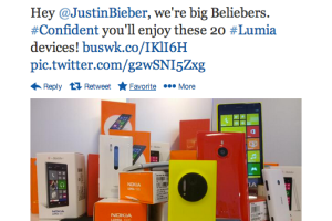 NokiaUS Sticks It To BlackBerry; Offers Bieber 20 Lumias