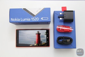 RED Nokia Lumia 1520 'unboxing' gallery and quick comparisons (1020, 920, 925, 800)