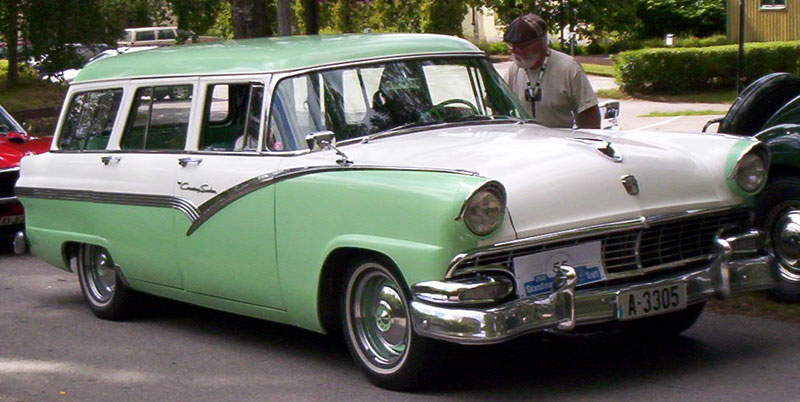 1956 ford fairlane country sedan wagon