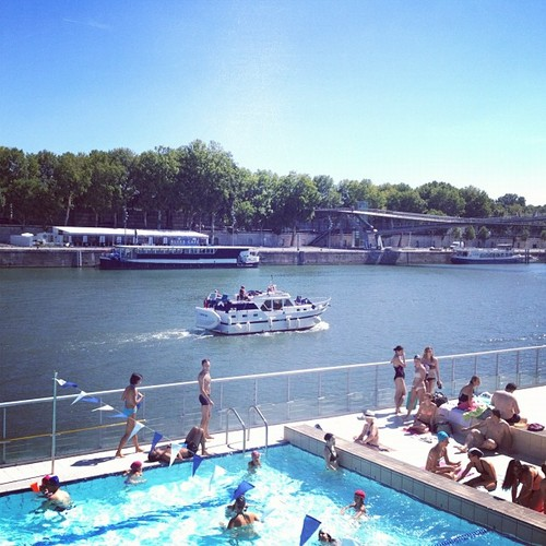 Canicule pools what to do when it s hot in paris my for Josephine baker swimming pool paris