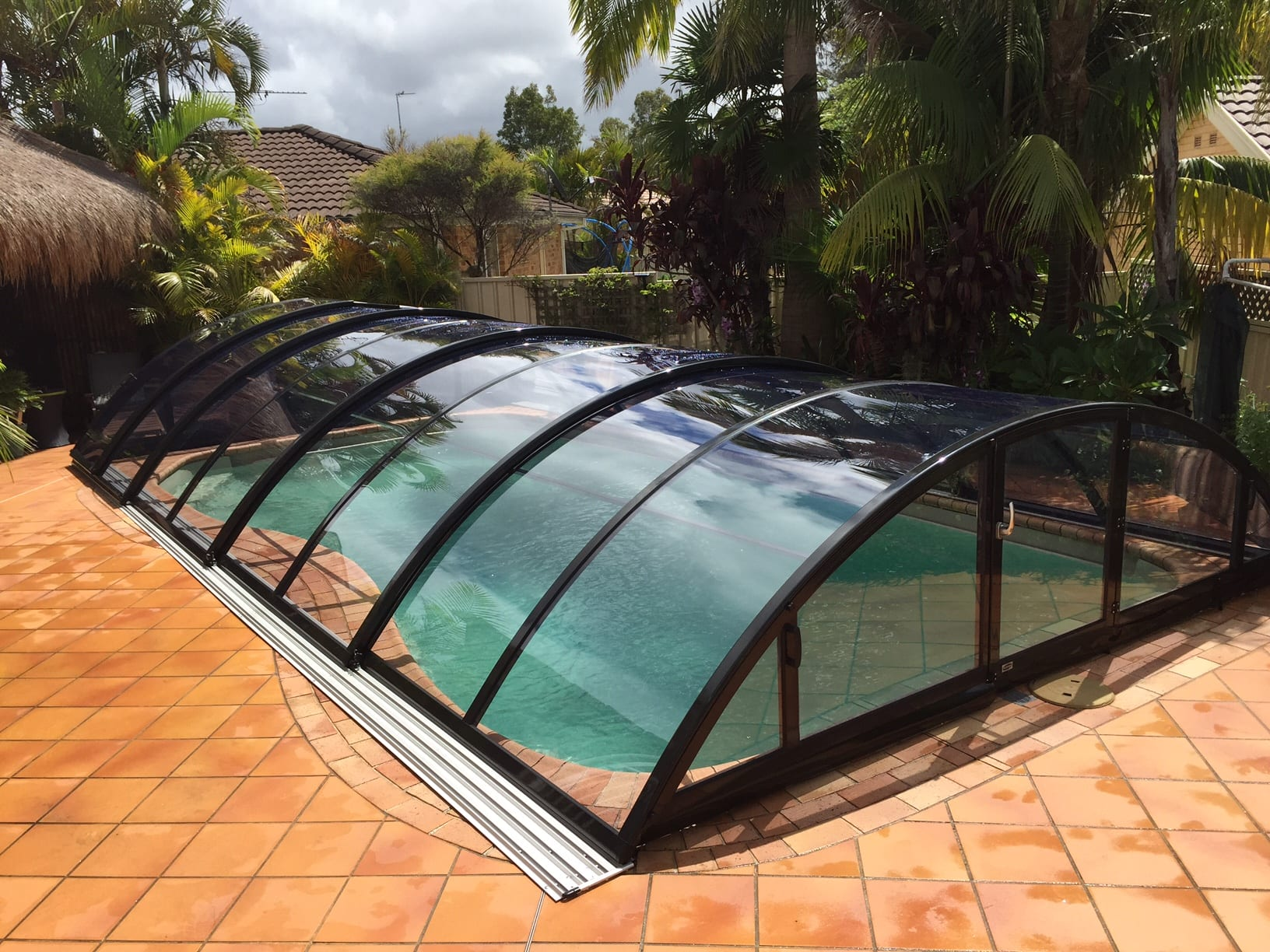 Infinity Pool Komplettset Variety Of Swimming Pool And Enclosure Packages With Options Available