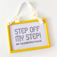 How To: DIY Frame Makeover & 'No Salespeople' Printable Poster