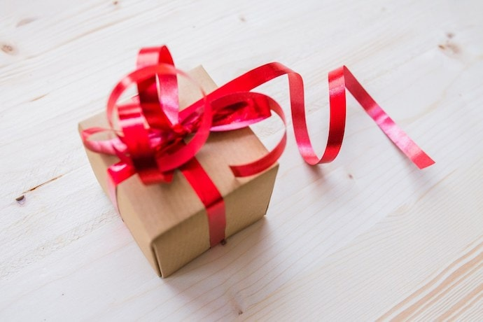 Host a Handmade Christmas Gift Exchange Party