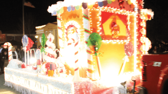 Holiday Hog to Make Appearance During the Mena Christmas Parade