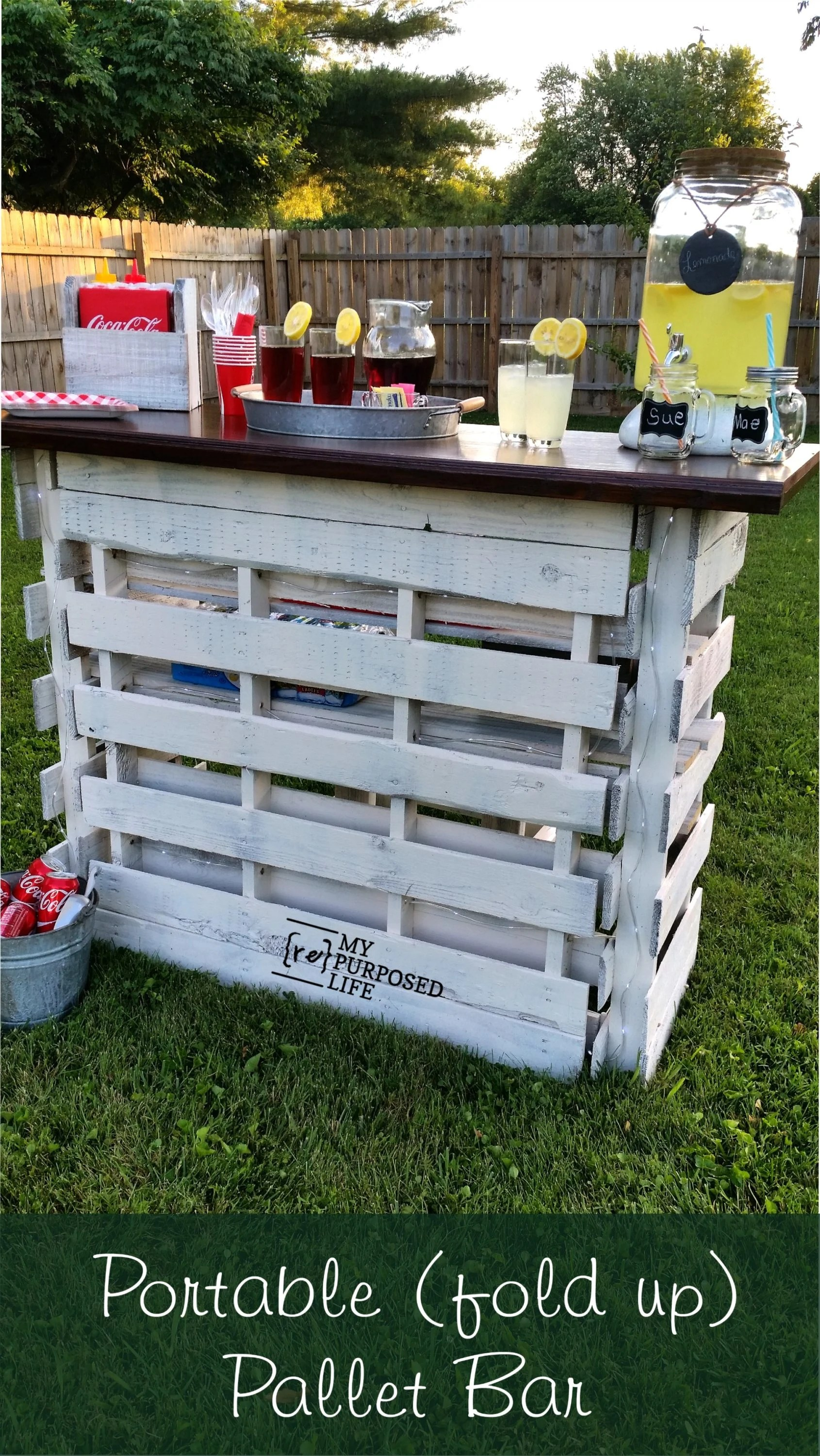 Diy Table With Pallets Portable Folding Diy Pallet Bar Great For Weddings Tailgating And