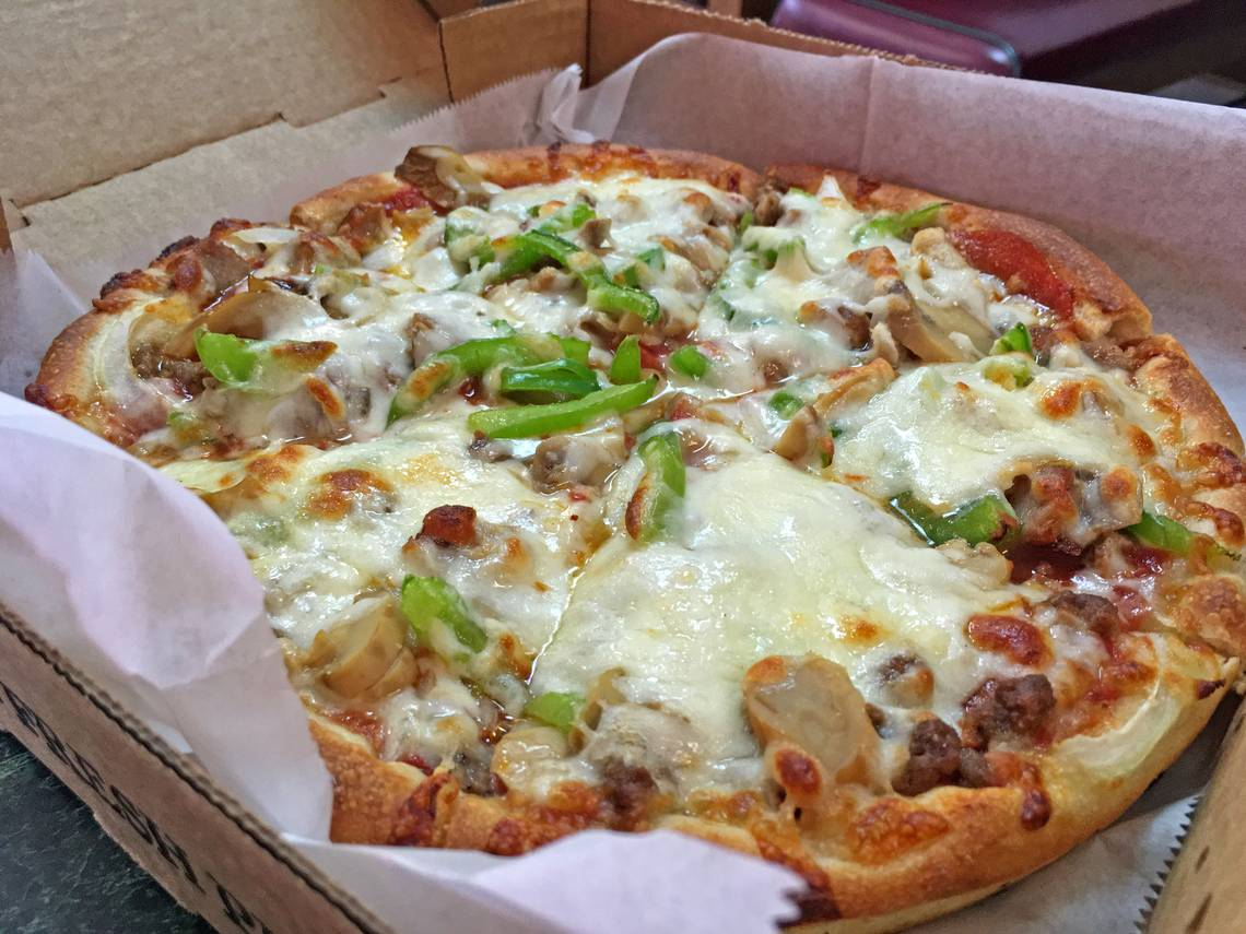 Restaurant Pizza Myrtle Beach Restaurant Review Little River House Of Pizza