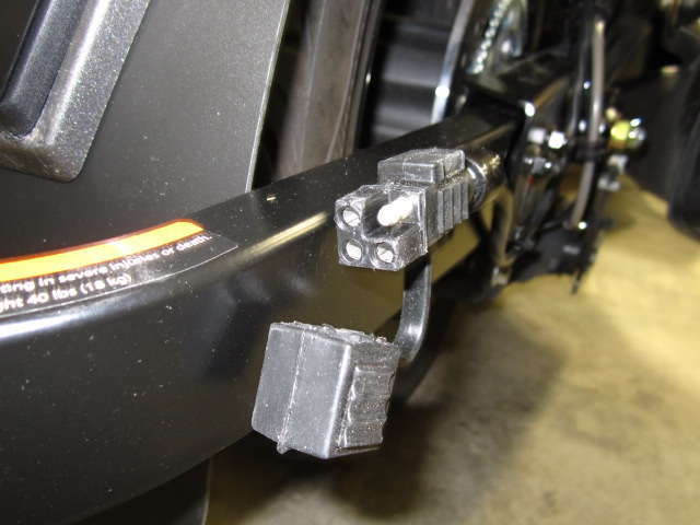 Can-Am Spyder Hitch Kit 4-pin Adapter Can-Am Spyder Touring