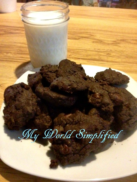 dark-chocolate-chocolate-chip-cookies