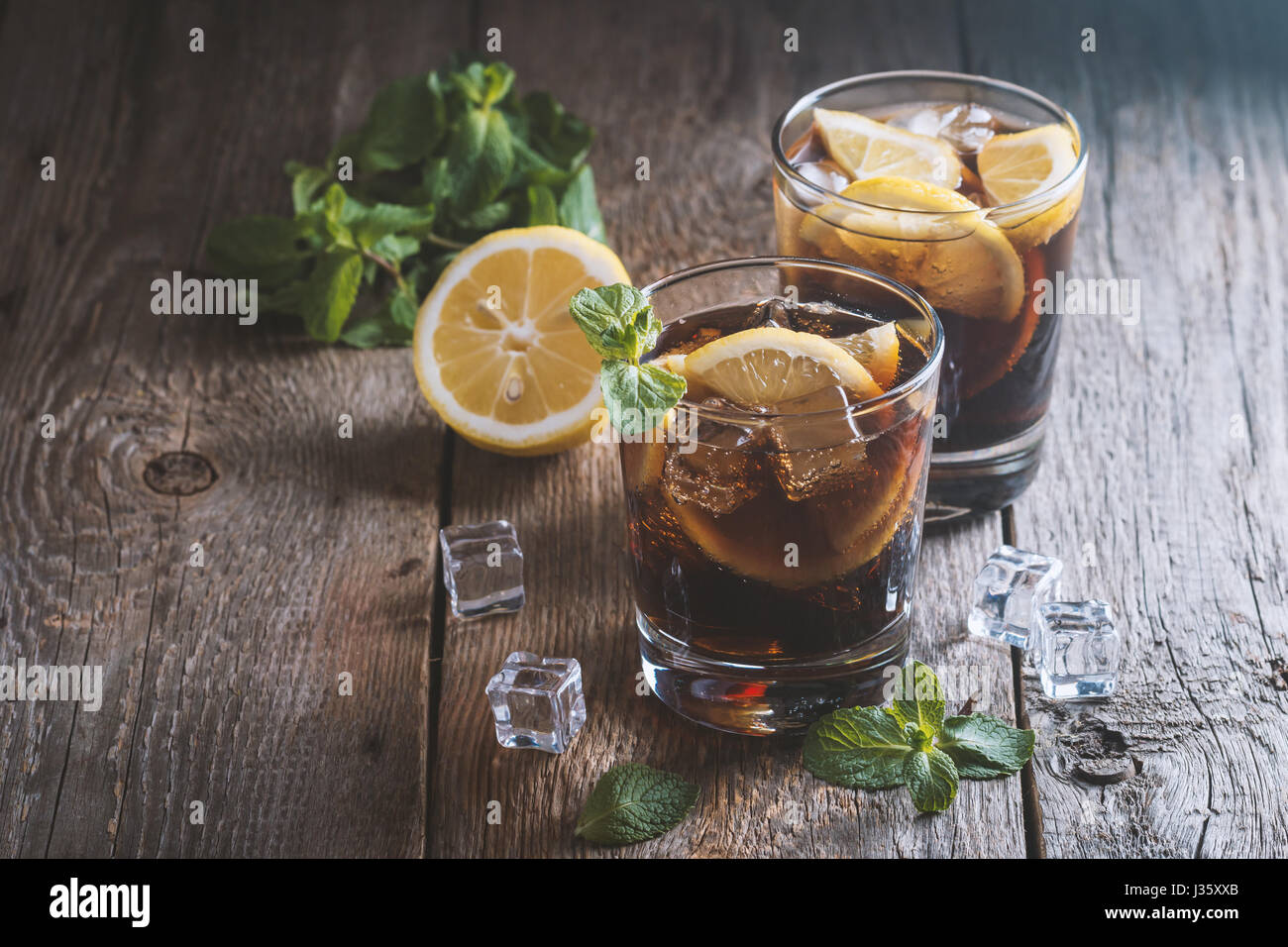 Cuba Libre Cocktail Cuba Libre Cocktail Stock Photos And Cuba Libre Cocktail