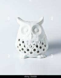 Ceramic Owl Stock Photos & Ceramic Owl Stock Images - Alamy