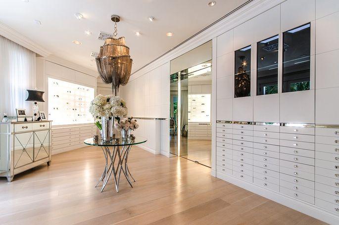 Celine Dion Cuts Price Of Jupiter Island Estate To 385