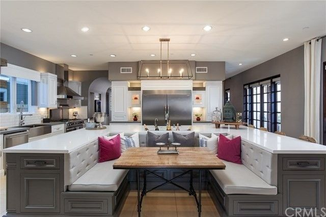 Modern U Shaped Kitchen With Island Jim Edmonds And Meghan King Edmonds Sell Their Orange