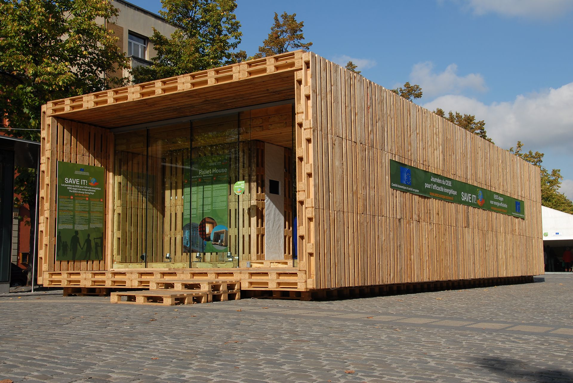 Container Haus Mit Pool Pallets Never Pall Development Of The Pallet House To Series