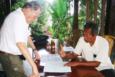 Pak Chris Delfs & Pak Nyoman Bagiarta Review 1st Draft of Kitchen Plans