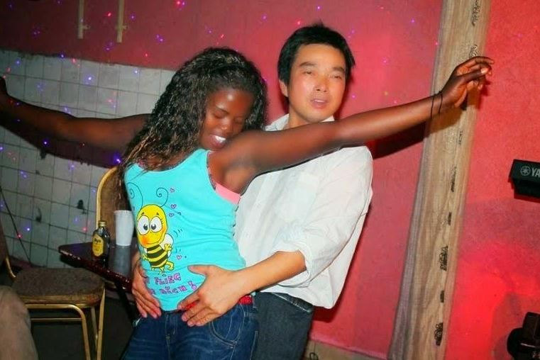 Images Young Girls Wallpapers Photos Of Crazy Things Chinese Men Do With Nairobi Women
