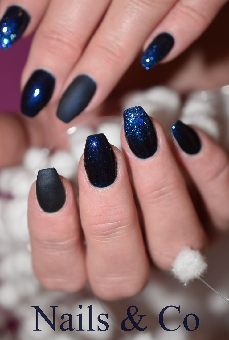 Nageldesign Mit Schwarz Matt Look Ein Modern Cooler Nageldesign Trend Nailart Co