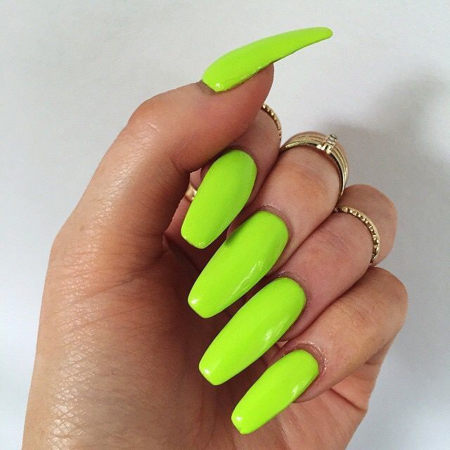 20 Soothing Lime Green Nail Designs to Die for