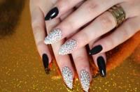 [Tutorial] Brilliant Swarovski Crystal Nails Design