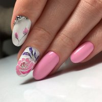 Perfect Nails To Brighten Your Day | NailDesignsJournal.com