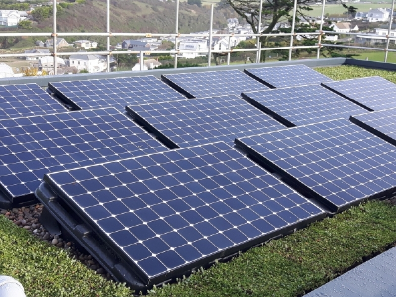 How To Mount Solar Panels The Methods Naked Solar Use