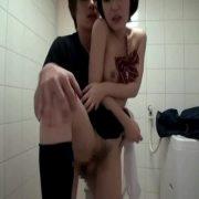 恥かしそうな黒髪ショトカ女子校生とのセクロスを個人用カメラで撮影してみたw