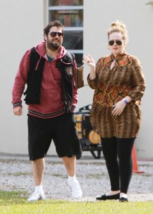 Adele anuncia gravidez