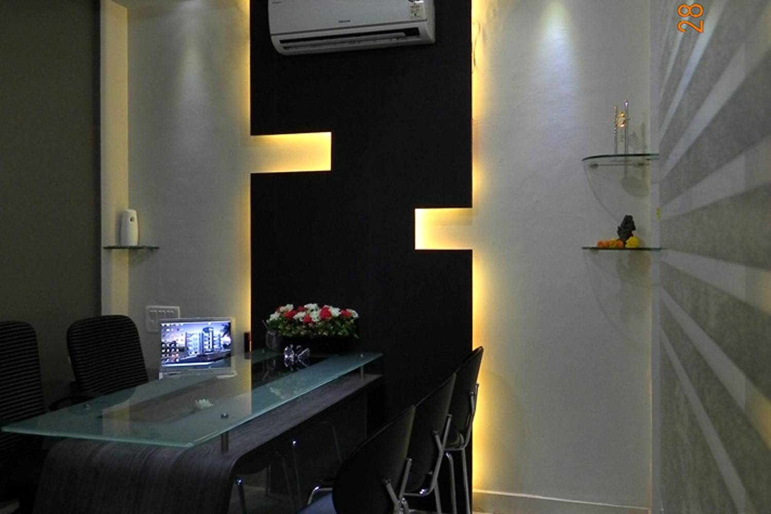 Interior Designs Images Interior Designs For Offices Showrooms Lounge Bar