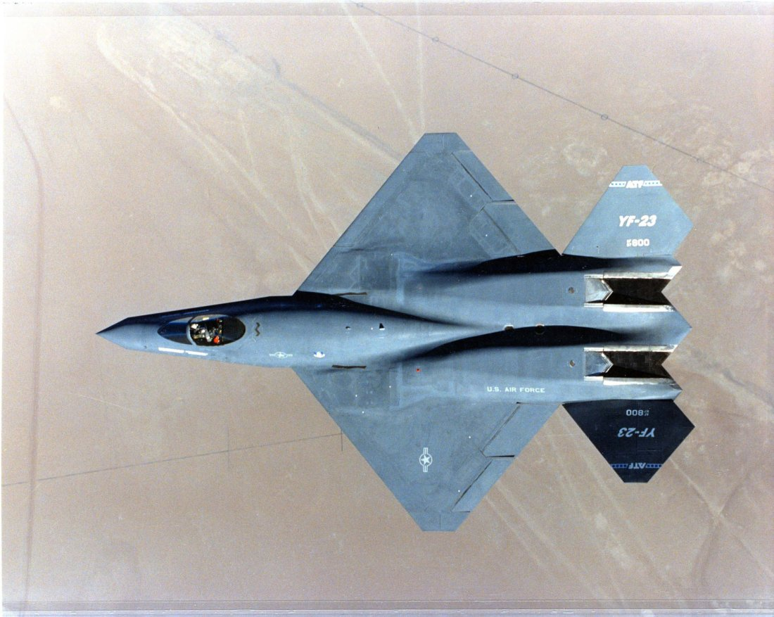 Black Camouflage Wallpaper Stealth War F 23 Stealth Fighter Vs The F 22 Raptor Who