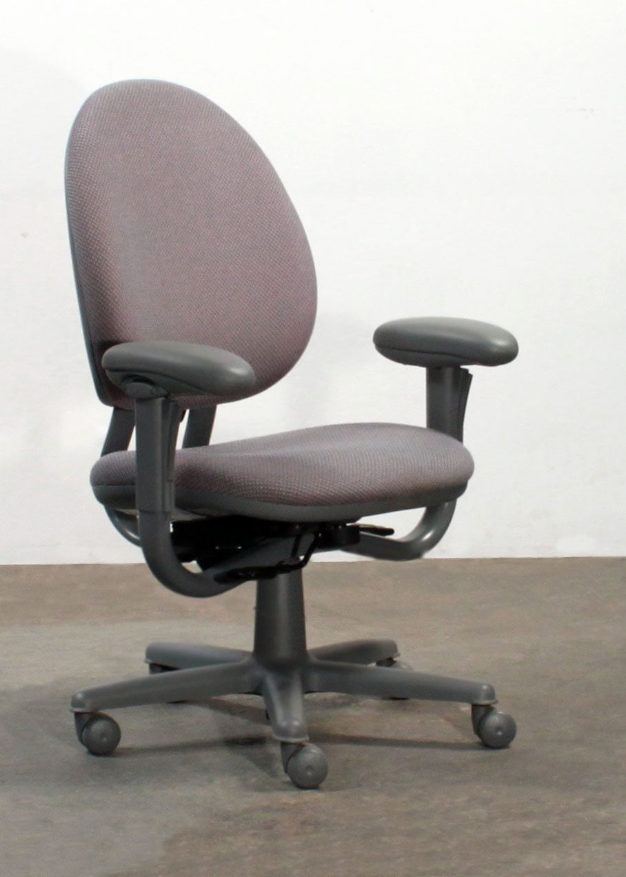 Steelcase criterion used high back series task chair