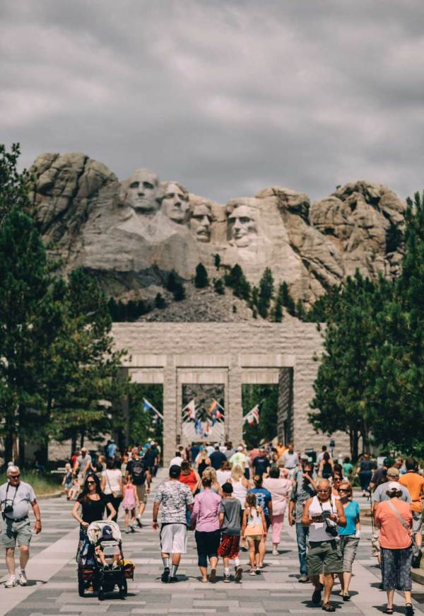 monumental_charms_south_dakota_wind_cave_mt_rushmore