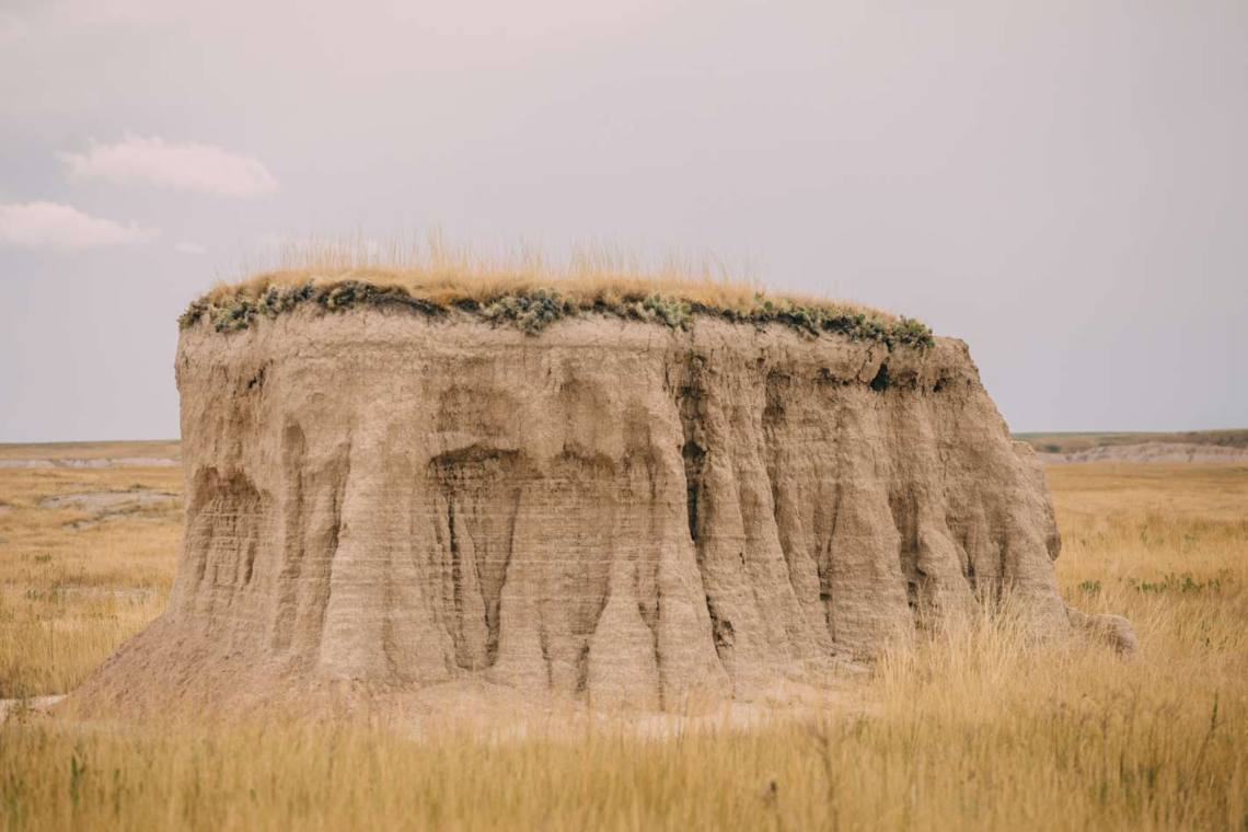 the_art_of_wind_cave_and_badlands_castle_trail_feature