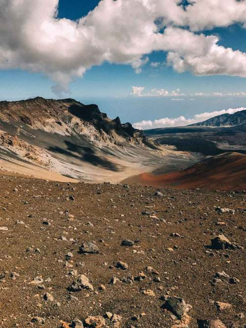 haleakala_legend_crater_hawaii