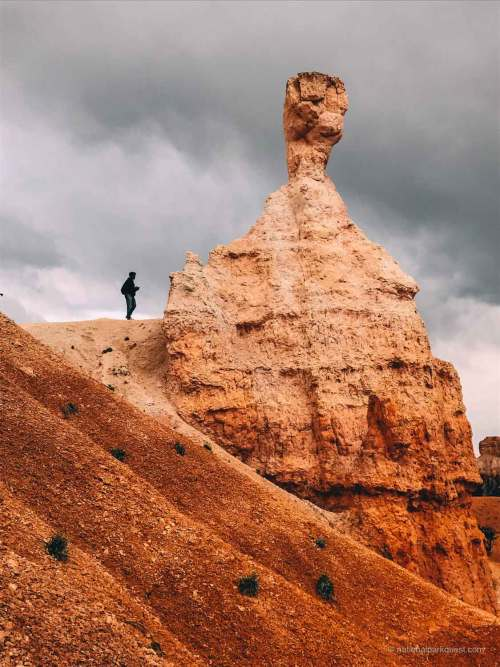 bryce_canyon_fairyland_trail_hiker