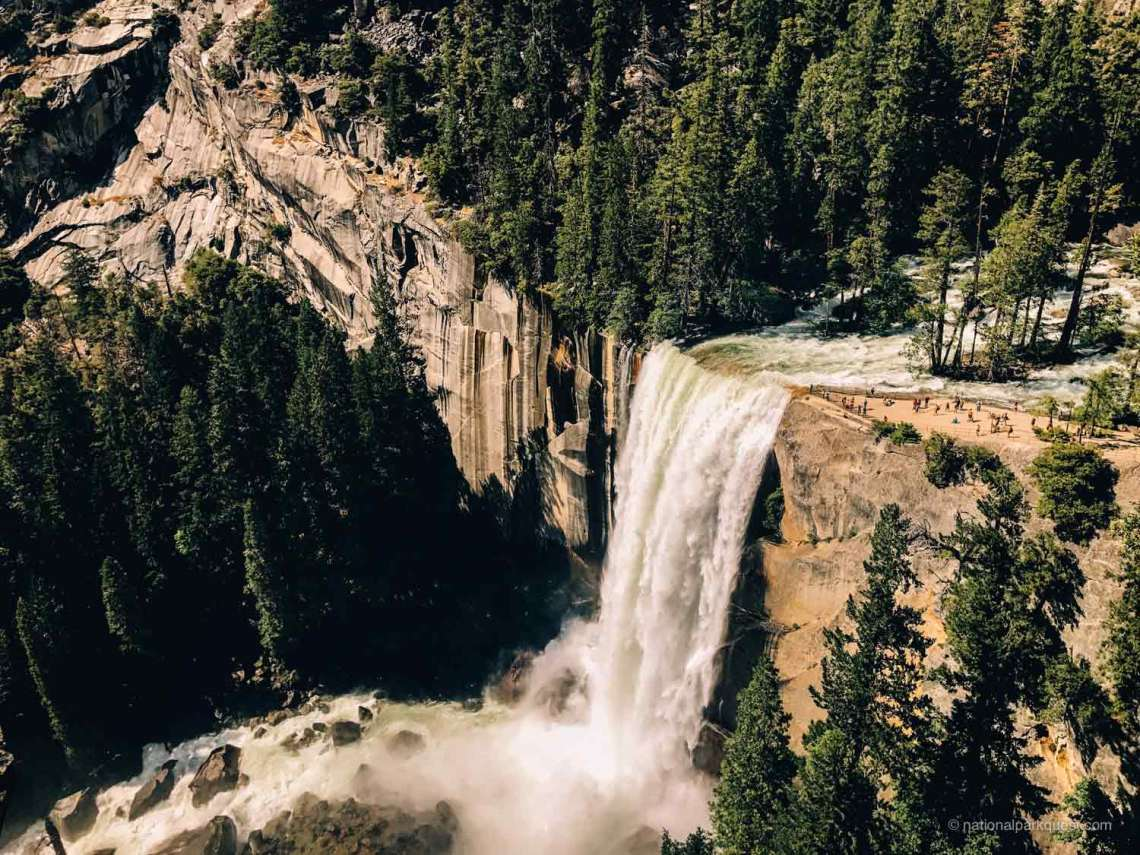 seven_wonders_yosemite_national_park_waterfall