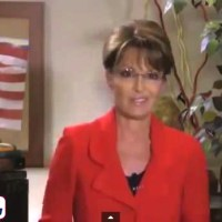 Sarah Palin Calls on Obama to Invade Ebola