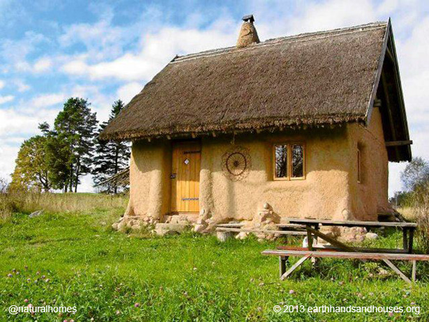 Strohhaus Kosten A Tiny Straw Bale Home For £10,000 In Poland