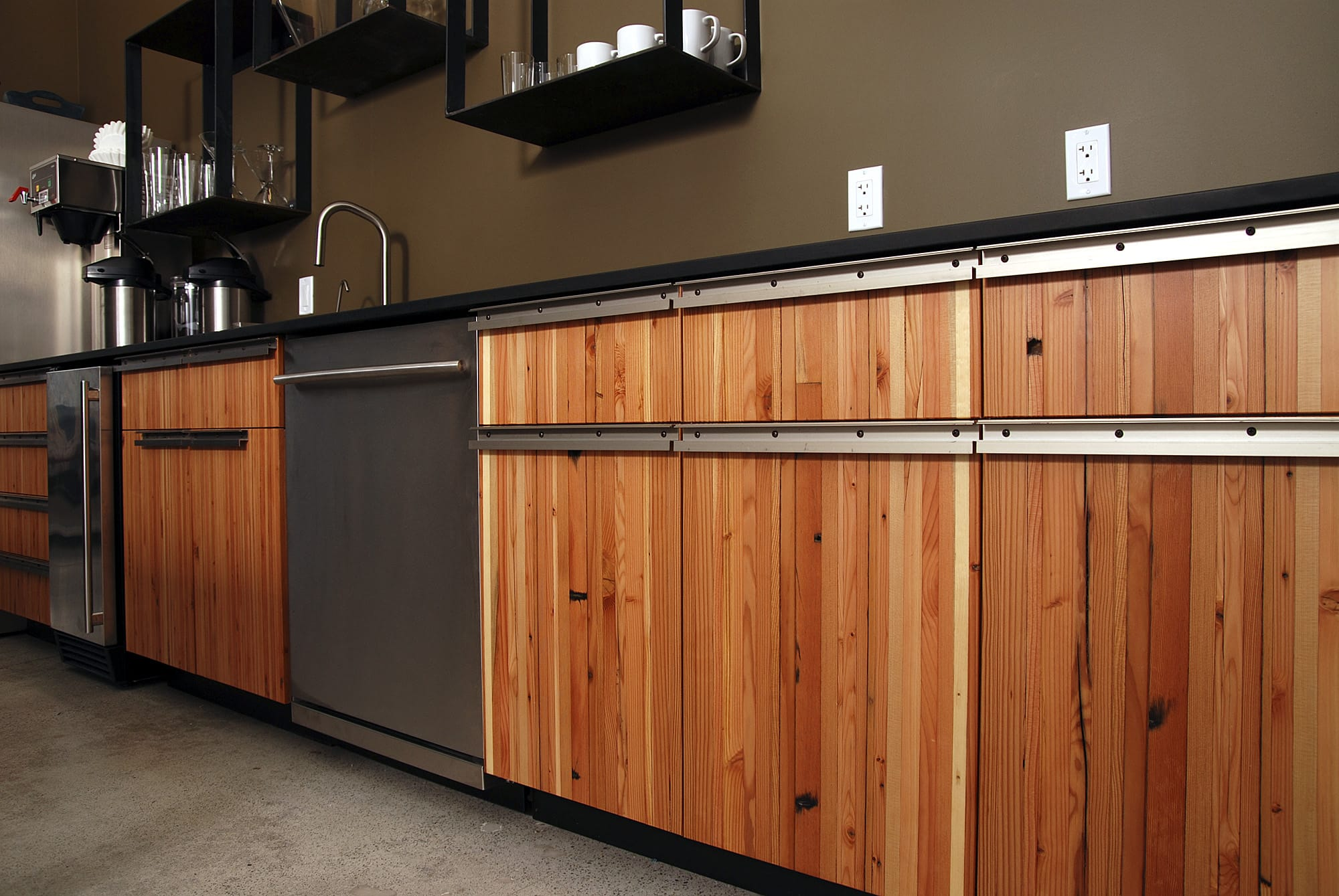 Reclaimed Wood Kitchen Cabinets A World Of Walls Part Iv Natural Interiors