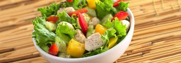 4 Disturbing Reasons to Pay Attention to Your Salad Dressing