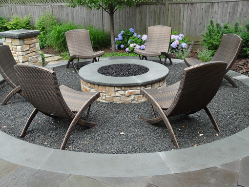 A Built In Fire Pit Styles Options And Tips Nature39s