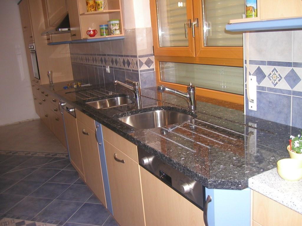 Küchenarbeitsplatte Granit Kosten | Travertin Arbeitsplatte Küche ...