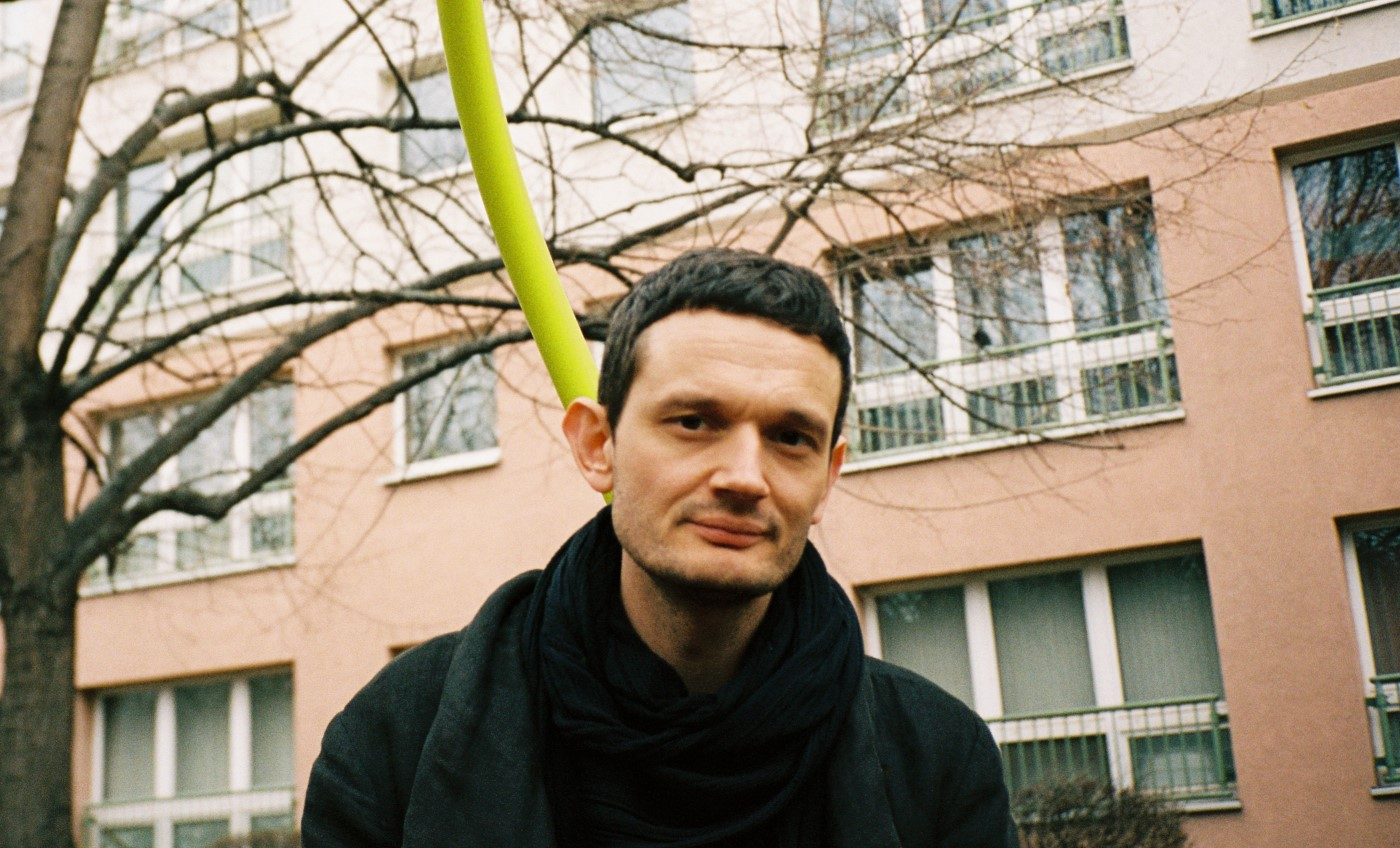 Zimmer In Berlin Apparat Interview Exploring Outskirts And Little Bubbles In Berlin
