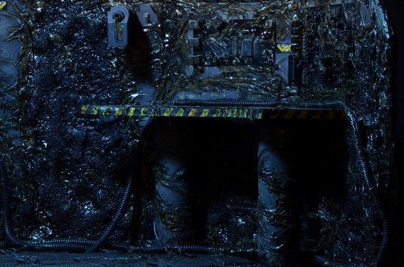 12 Days of Downloads Day 1 \u2013 Aliens Queen Diorama Backdrops