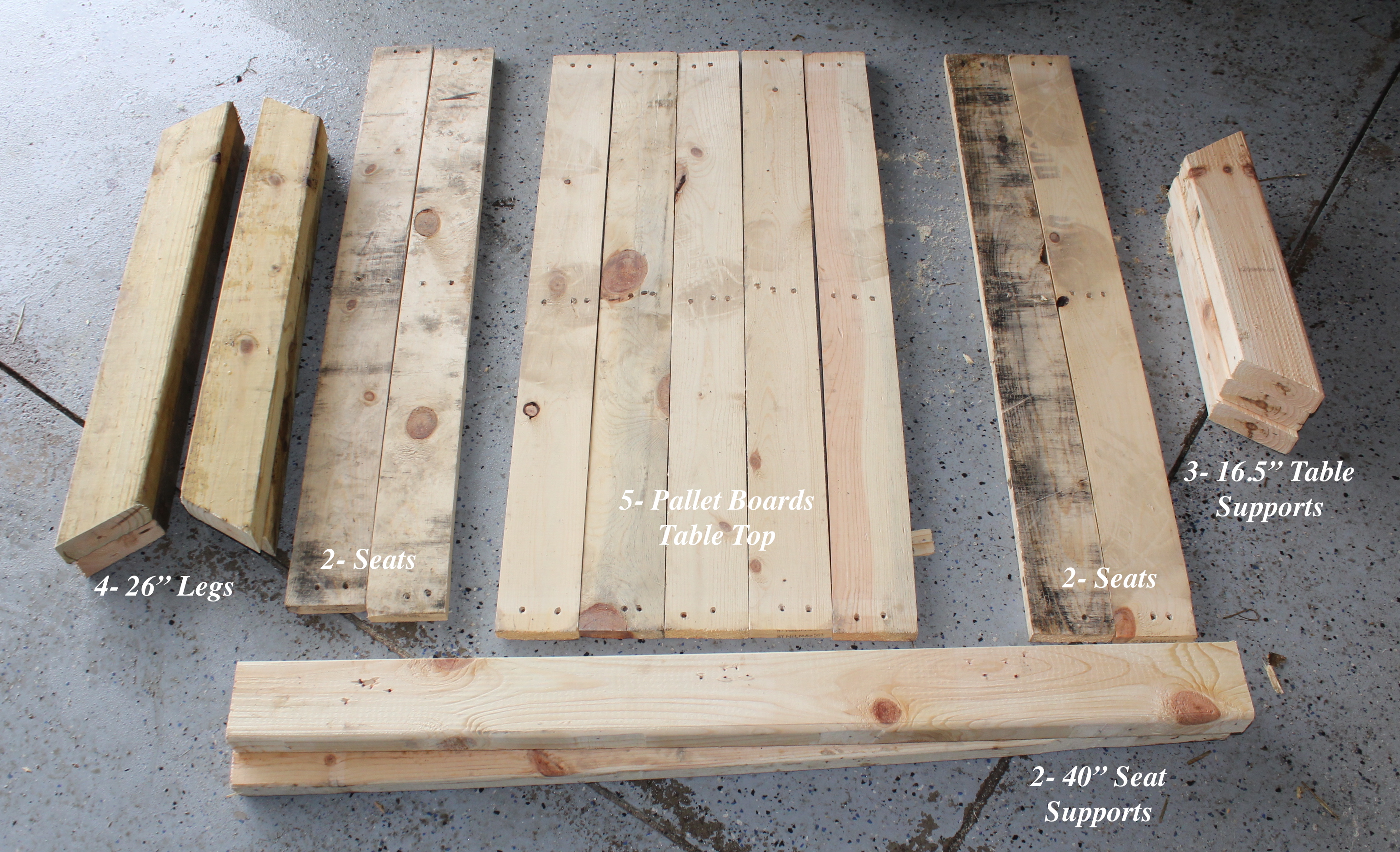 Diy Table With Pallets Diy Kids Picnic Table From Pallet Wood Diy At Needles And Nails