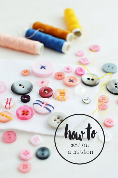 How to sew on a button_Motte's Blog (1)