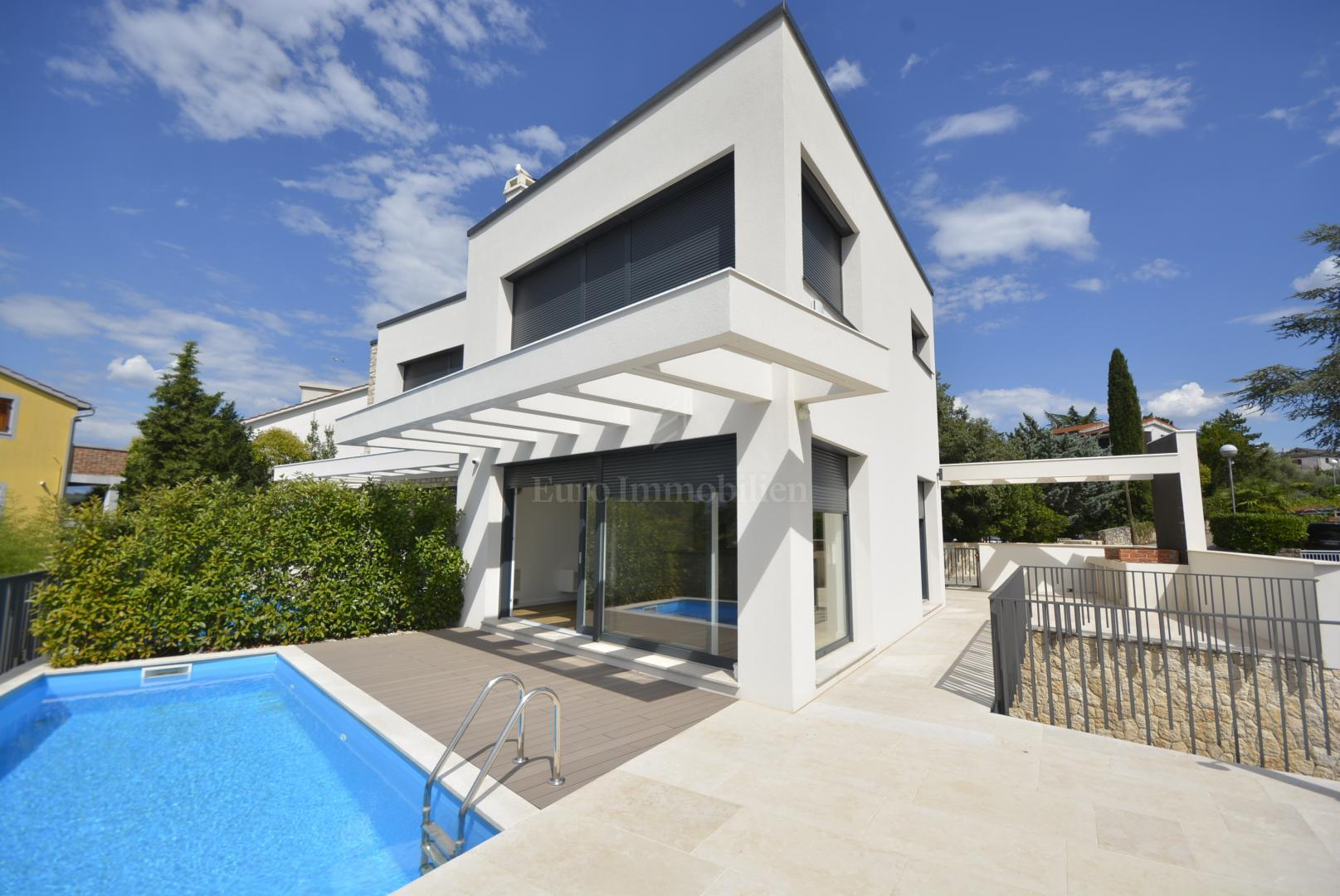 Modern Villa Modern Villa With Swimming Pool 200 From The Sea House