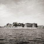 【高解像度】モノクロの軍艦島